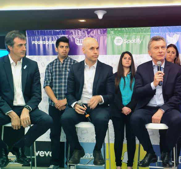 Convenio entre el Ministerio de Educación y Deportes de la República Argentina y IMS  para promover habilidades digitales en los jóvenes.